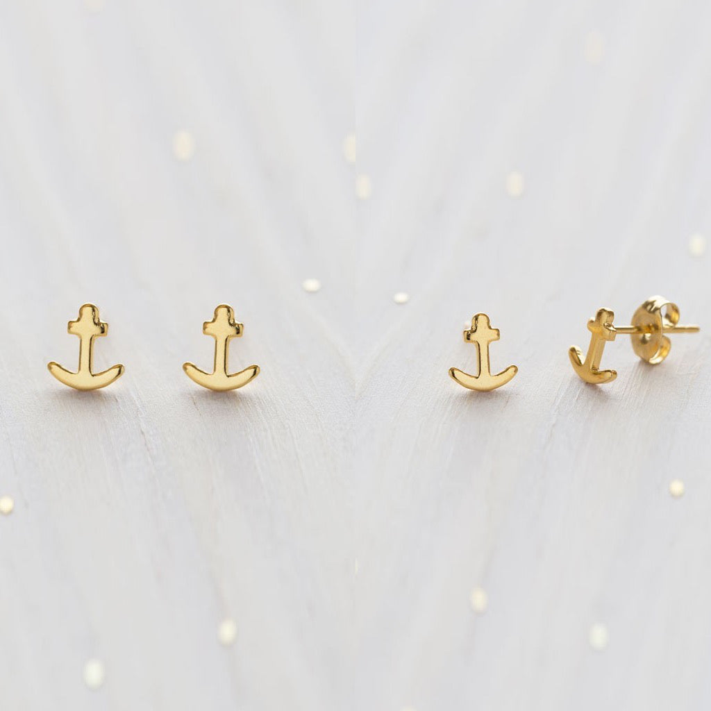 Tiny Anchor Studs Gold