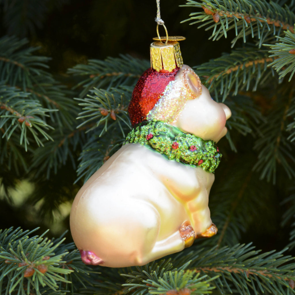 Holly Pig Ornament back