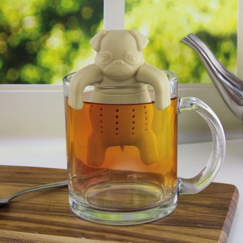 Pug In A Mug Silicone Tea Infuser lifestyle shot