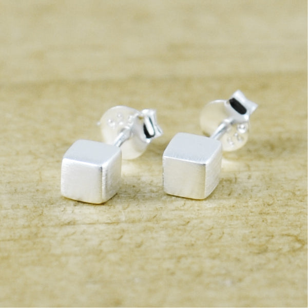 Solid Cube Studs Brushed