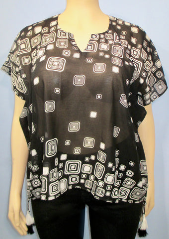 Sterling Styles Wearable Art Square Dimensions Top - SoCal Queen