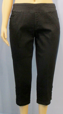 Slim Sation Black Denim Pull-on Rhinestone Ladder Capri Pant - SoCal Queen