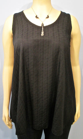Lyng Designs Textured Sleeveless Tunic in Black - SoCal Queen