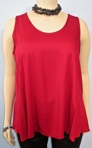 Lyng Designs Textured Sleeveless Tunic in Red - SoCal Queen