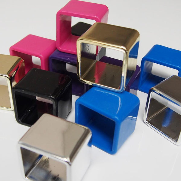 12-Pack, Plastic Ring Napkin Holder, Square, 6-Piece