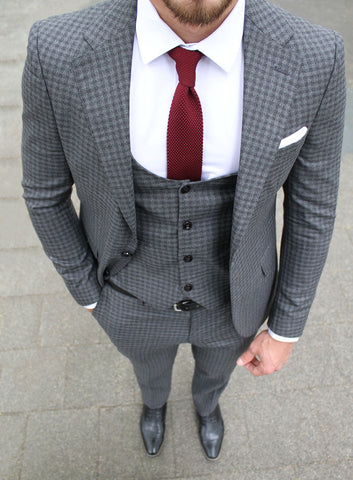 Dark Grey Check 3 Piece Suit - Gentlemen's Crate