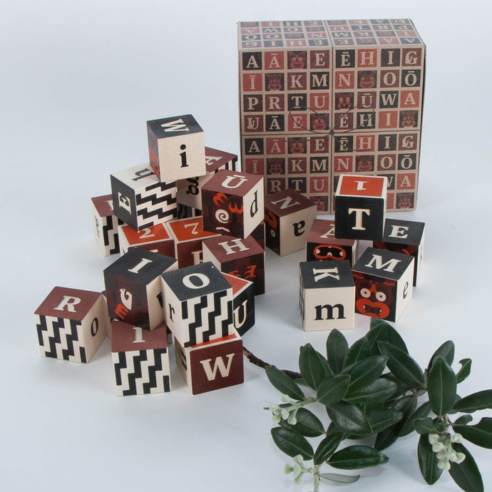 Māori Alphabet Blocks General Uncle Goose