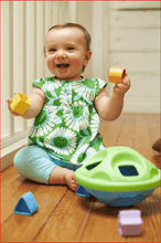 Load image into Gallery viewer, Green Toys - Shape Sorter General Green Toys