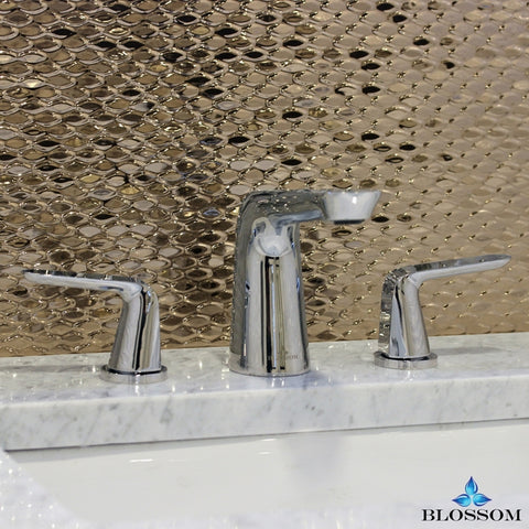 Wide Spread Lavatory Faucet - Chrome F01 107 01