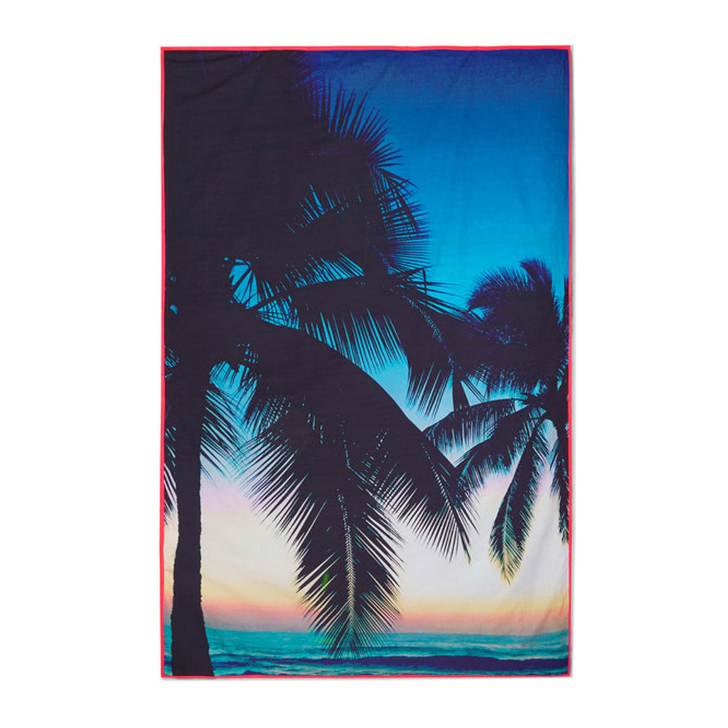 Makaha Beach Blanket