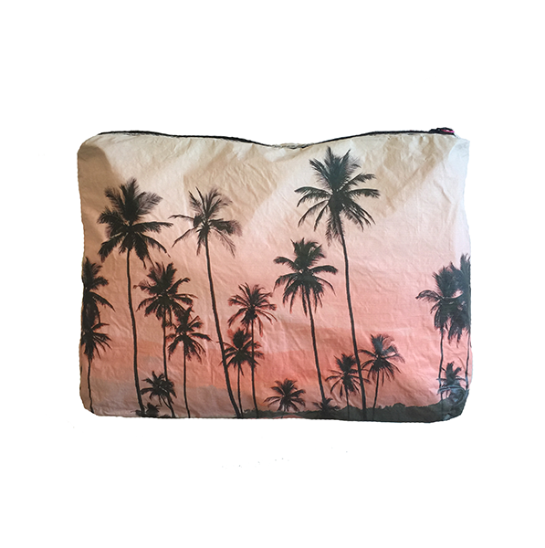 Mid-Size Tangalle Beach Wet-Dry Pouch
