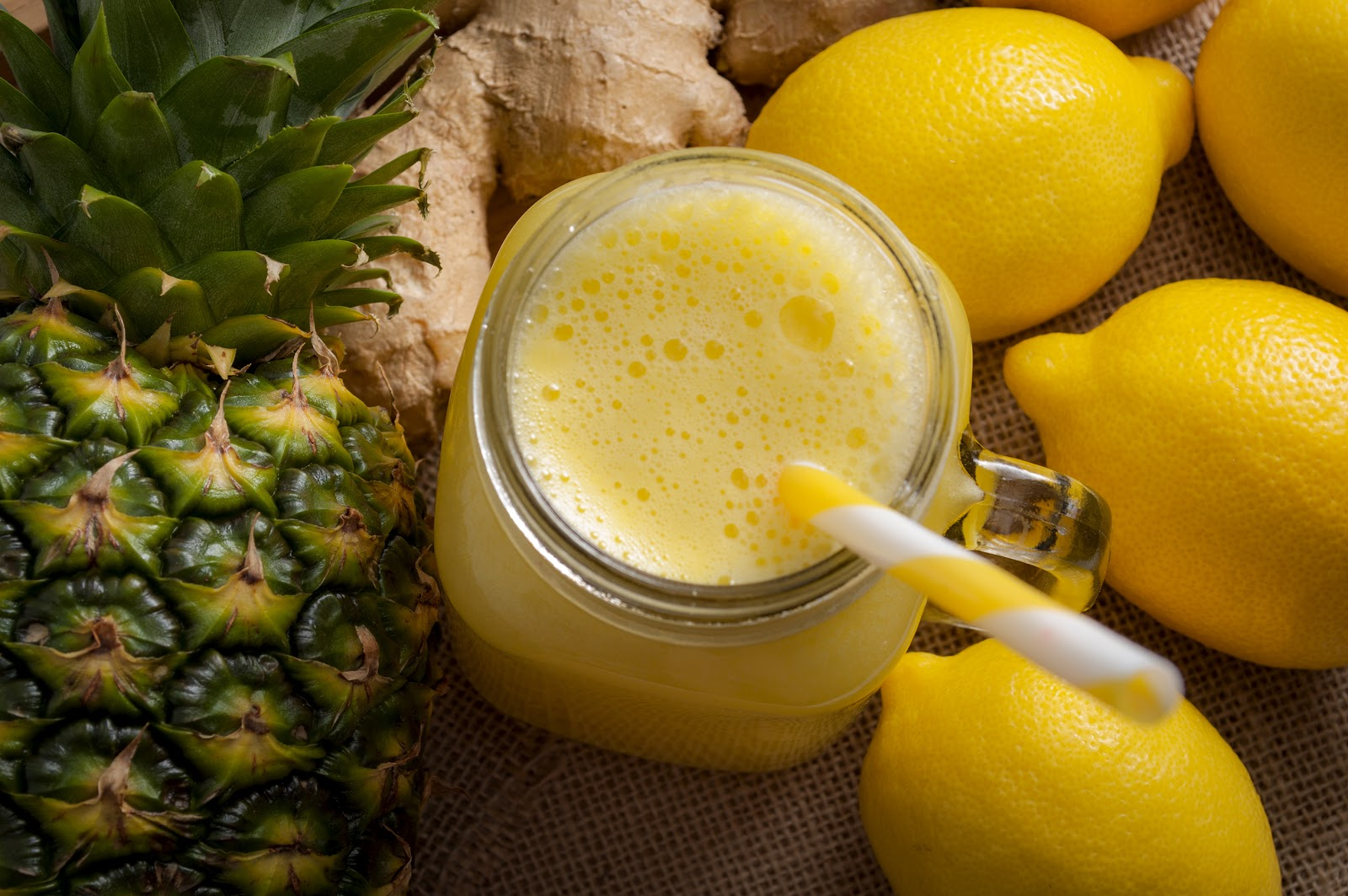 Digestive Enzymes and Weight Loss: Pineapple Smoothie