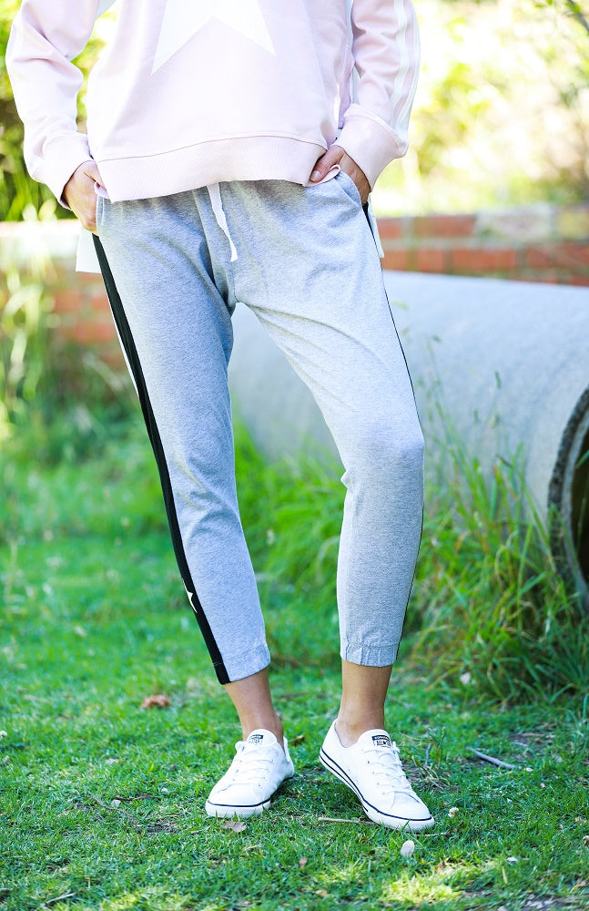 Contrast Star Panel Jogger - Grey Marle