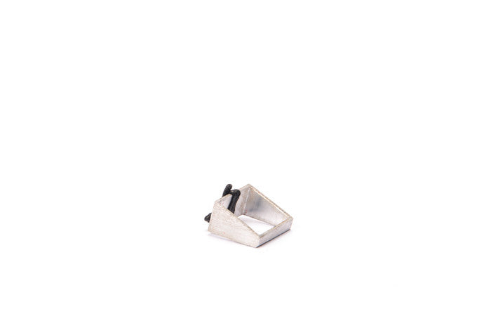 Thick black square ring 2