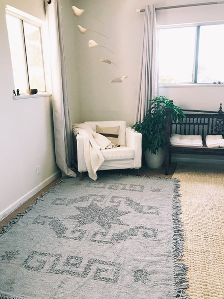 Handmade Mexican Grey Loop Rug