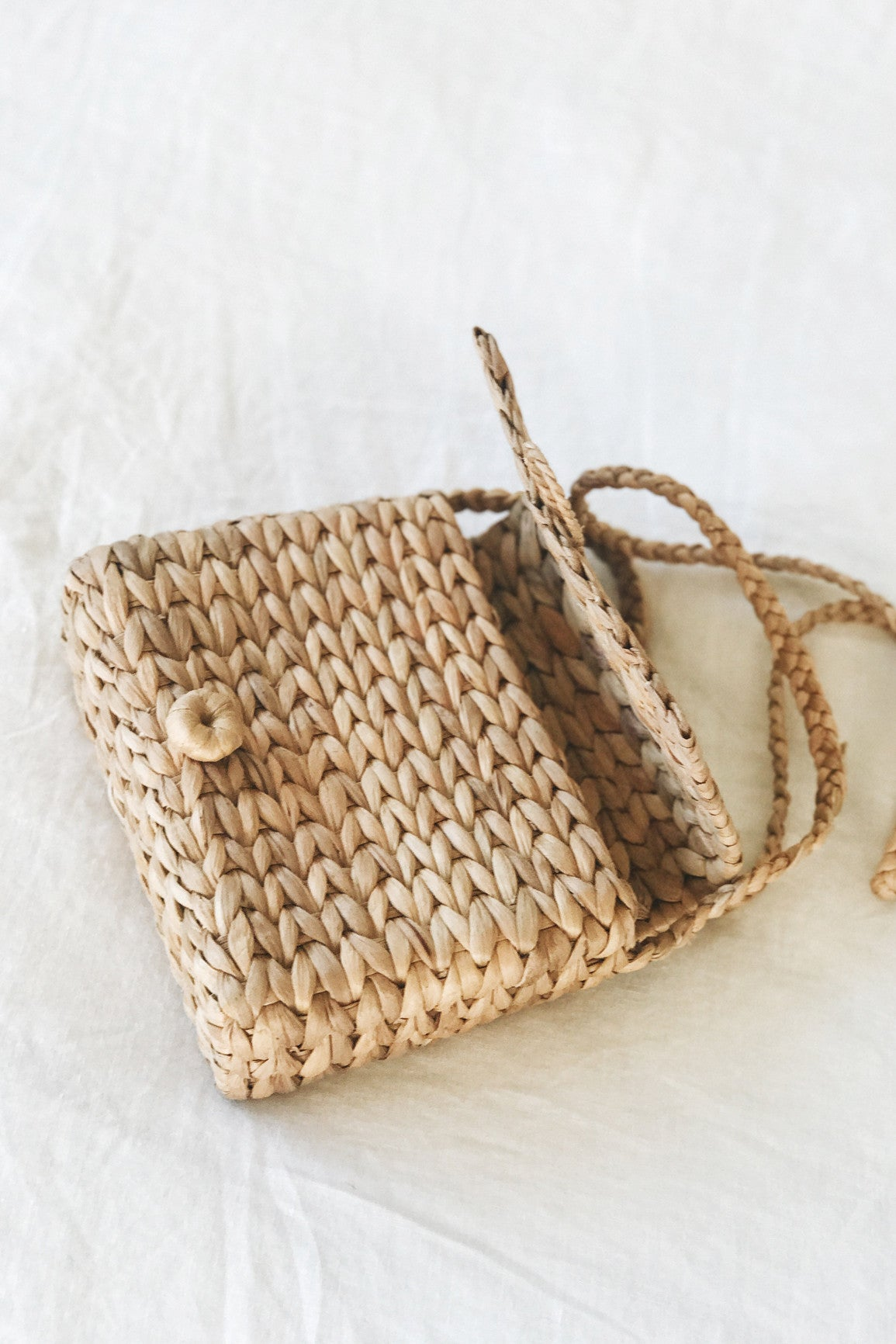 Ladylike Straw Purse