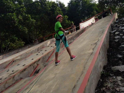 Abseiling at Broga Hill