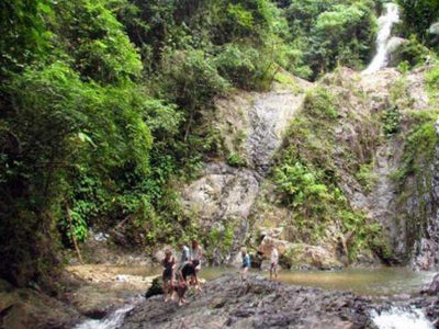Hard trekking at Phanombencha National Park