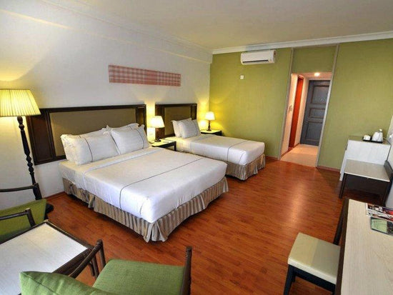 Tunamaya desaru triple room