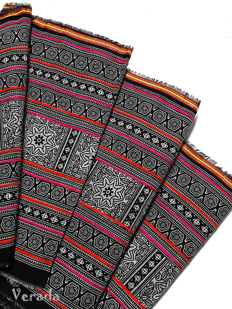 Thai Hand printed Hmong Hill Tribe Batik Fabric Black White HF8