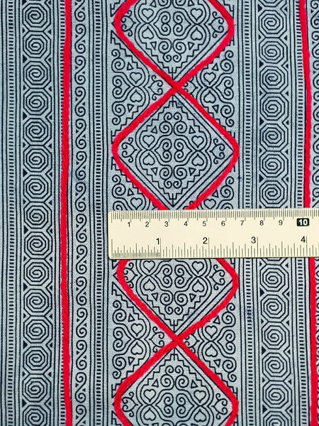 Thai Hand printed Fabric Natural Cotton Fabric by the yard Hmong Fabric Hill Tribe Fabric Vintage Fabric Indigo Batik White Black HF75