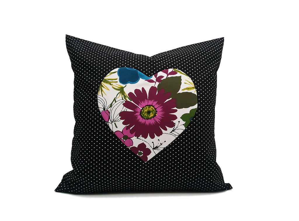 Big Heart: ONE 18x18 inch Handmade Pillowcase Decorative pillow Covers - Hand sewing - Cotton fabric - PCH3