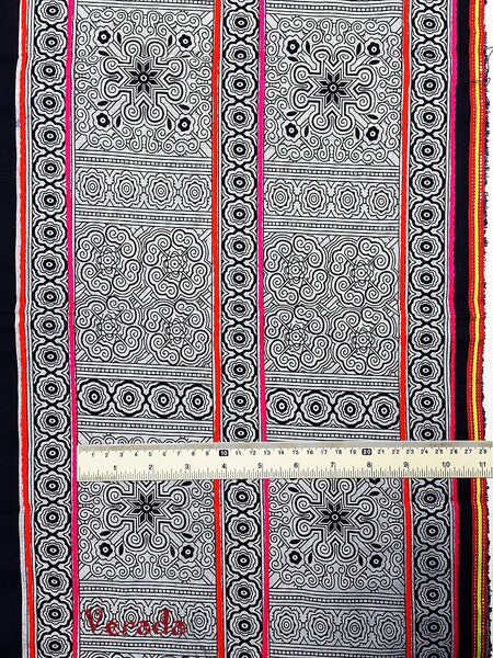 Thai Hand printed Fabric Natural Cotton Fabric by the yard Hmong Fabric Hill Tribe Fabric Vintage Fabric Indigo Batik Black White HF16