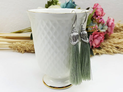 (EWFOO1LG) Green Silver Long Tassel Earrings Drop Bohemian Pendientes Earrings Ethnic Jewelry Finge Tassel For Women Earrings Gift For Mom Gift For Her, Piida, HaremPantsThai