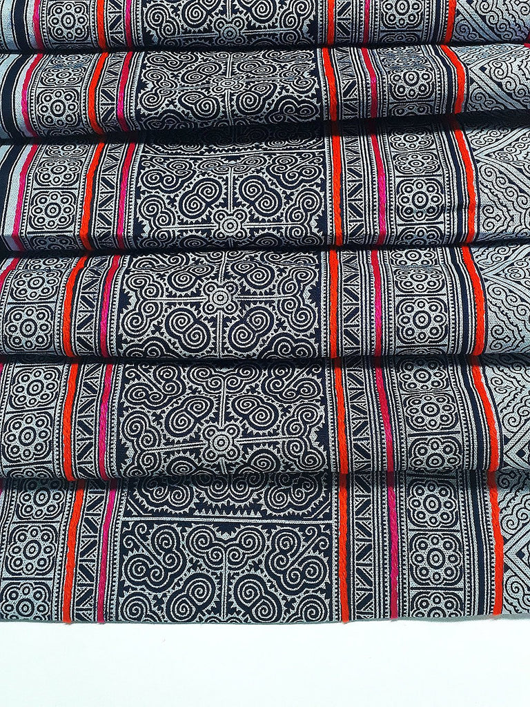 Thai Hand printed Fabric Natural Cotton Fabric by the yard Hmong Fabric Hill Tribe Fabric Vintage Fabric Indigo Batik Black White HF46