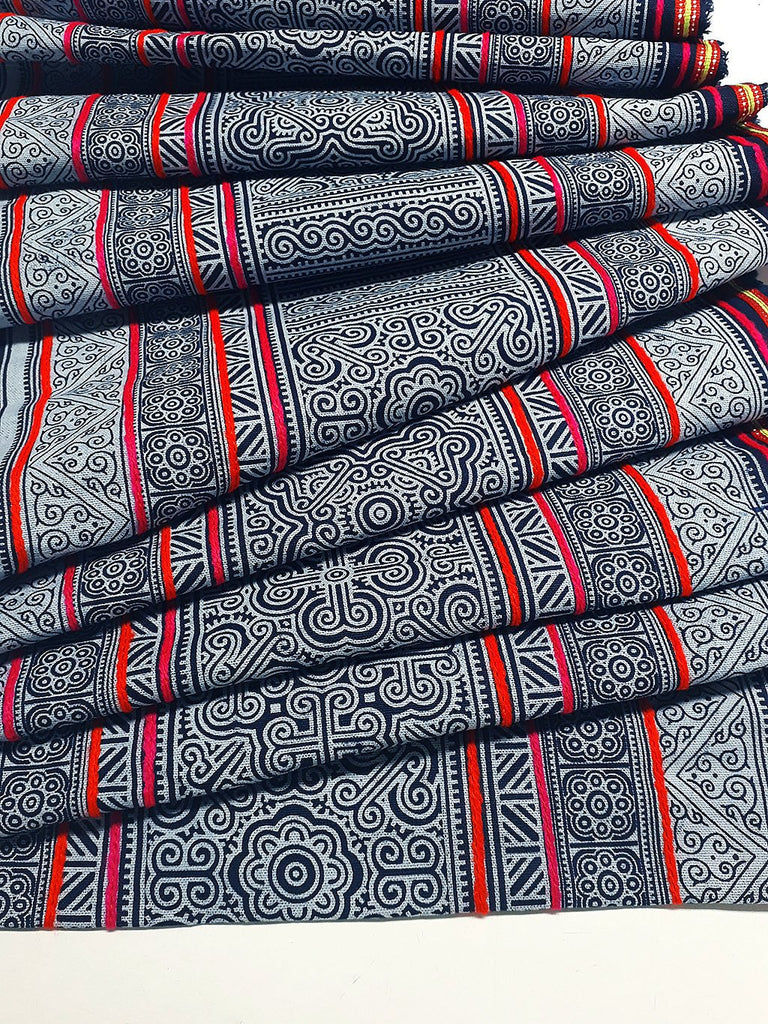 Thai Hand printed Fabric Natural Cotton Fabric by the yard Hmong Fabric Hill Tribe Fabric Vintage Fabric Indigo Batik Black White HF48