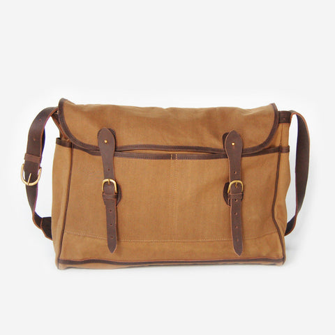 Fynn Field Bag