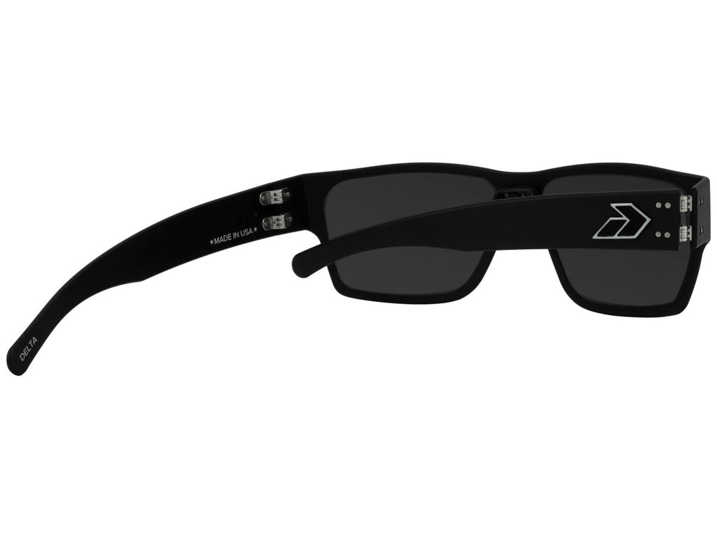 Delta Matte Black with Smoked Polarized Lens w/ Chrome Mirror