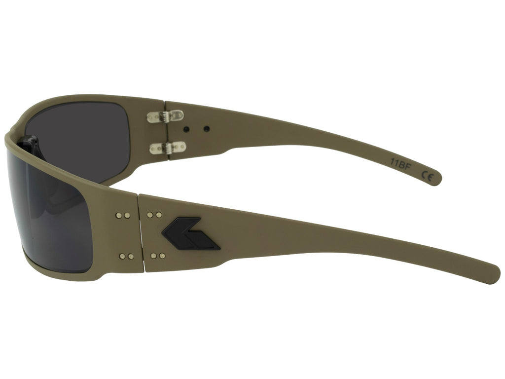 Magnum 2.0 (Asian Fit) Cerakote Military Tan with Smoked Polarized Lens
