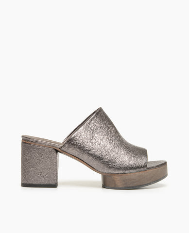 Coclico Ringa Women's Clog Slide Sandal in Gunmetal Leather