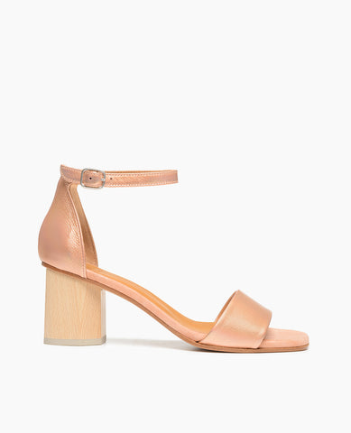 Coclico women's open toe two-piece pump in iridescent peach. Coclico shoes are sustainably made in Spain.