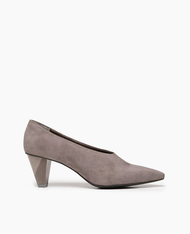 Coclico pointed toe shoe for women, suede
