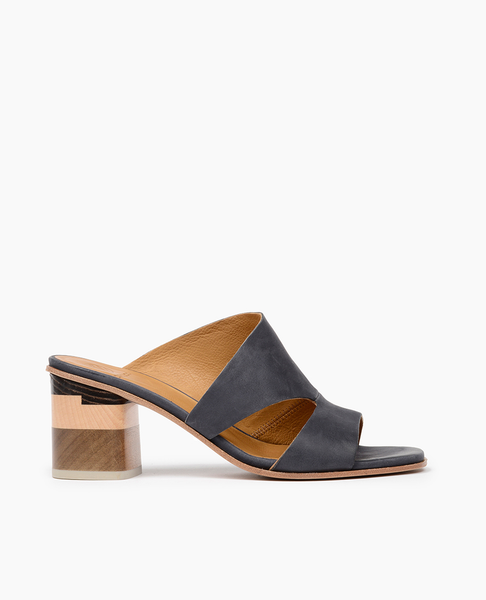 Barrel Sandal