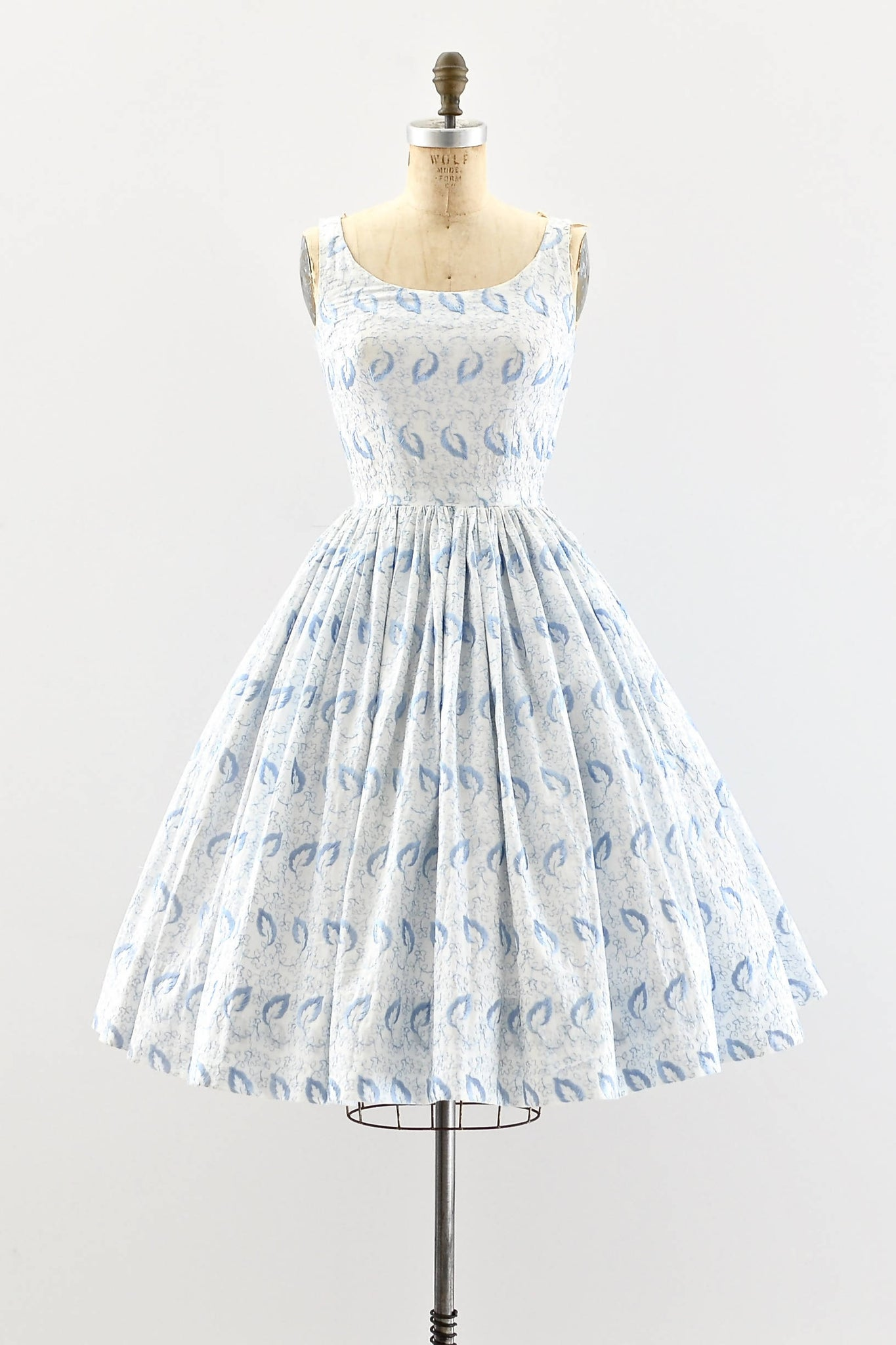 1950s Leaf Embroidered Dress - Pickled Vintage
