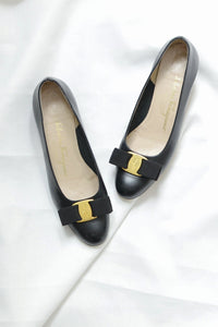 Salvatore Ferragamo Vara Shoes - Pickled Vintage