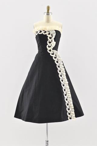 1950s Lace Trim Strapless Dress - Pickled Vintage