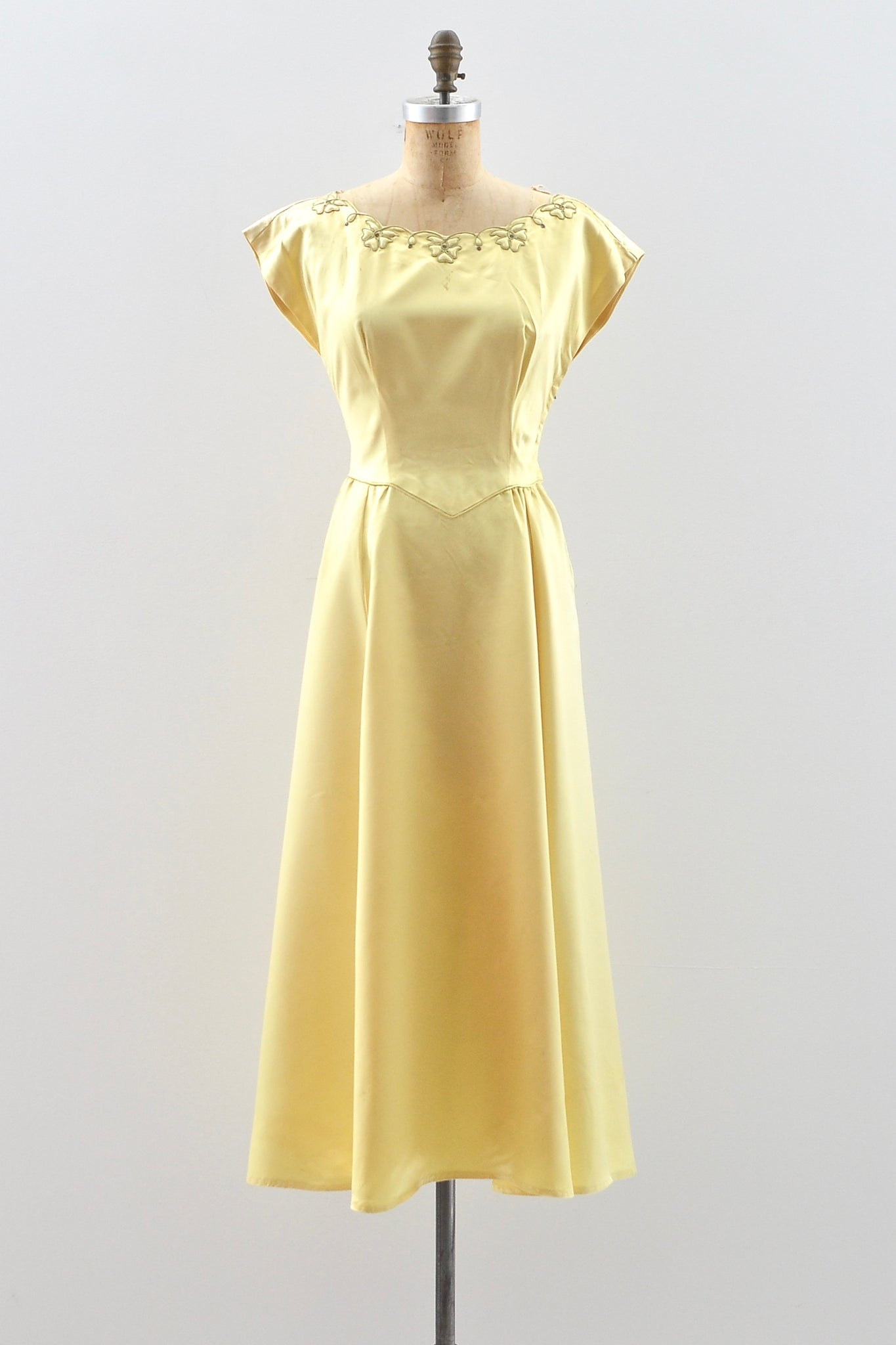 Sale / 1940s Chartreuse Yellow Gown - Pickled Vintage