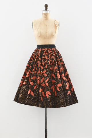 Trailing Foliage Skirt