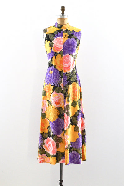 1970s Large Scale Floral Dress
