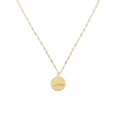 Lucky Mama necklace is a beautiful keepskae necklace perfect for wearing on its own or layered with other necklaces.  It has a gold plated sterling silver waterwave chain and a round pendant with the word 'lucky' set inside a love heart.