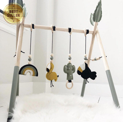 Charlie Wooden Baby Gym with 4 Felt Toys