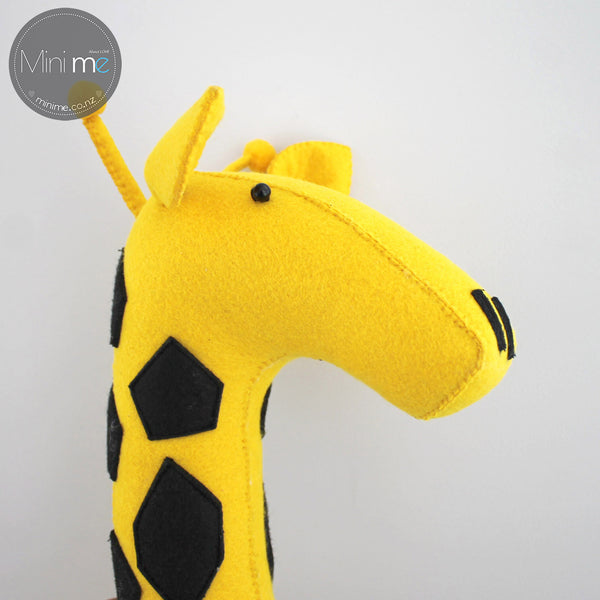 Giraffe-Felt Animal Head /Hand made Room deco - Mini Me Ltd
