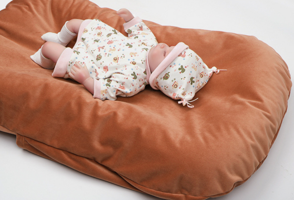 Velvet Newborn Baby Sleeping Bed