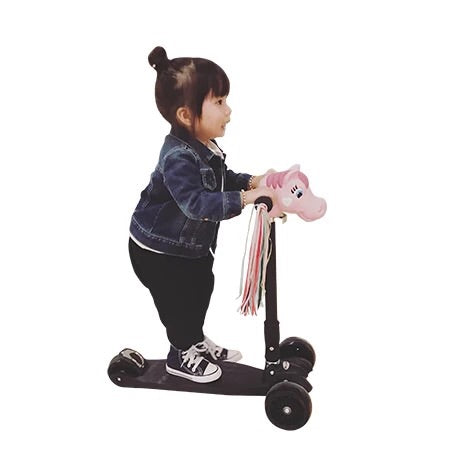 High Quality Kids Scooter with flash wheels - Mini Me Ltd