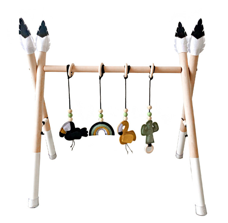 Omaha Wooden Baby Gym with 4 Felt Toys