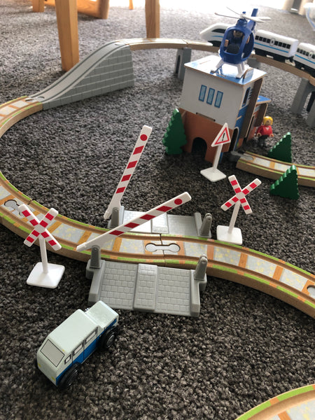 Train Rail & Track 100 pieces+ - Mini Me Ltd